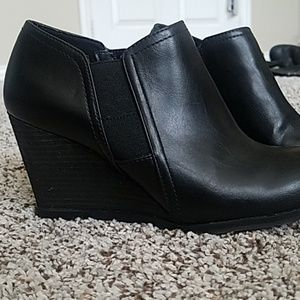 Dr. Scholl's Shoes - Comfey Wedges